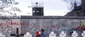 Bauen sie die Berliner Mauer wieder auf?