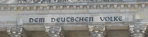 Elfmeterschießen im Reichstag
