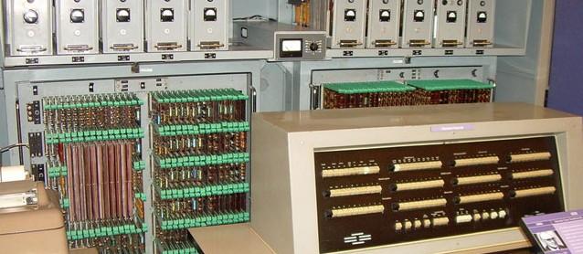 Neue Medien? Zuse-Computer Z 23 von 1962