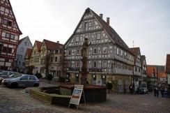 Marktplatz mit Brunnen in Besigheim