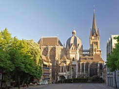 Der Aachener Dom – Nordansicht
